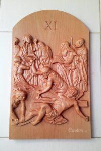 Primera estación del viacrucis tallada en madera de haya